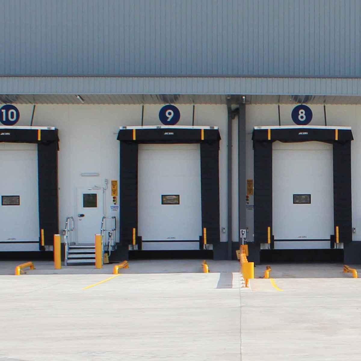 Nordock Weartough Loading Dock Shelter model FFI-750