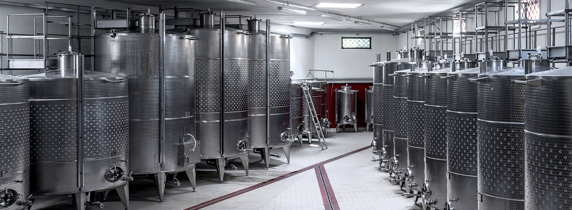 ISOtherm-sectional-overhead-doors-for-winery-cellar